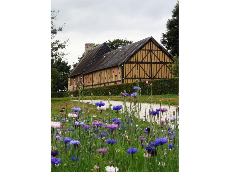 Maison-de-la-pomme-et-de-la_poire-Verger-conservatoire-musee-Barenton-3_2_fs