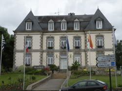 Mûr-de-Bretagne