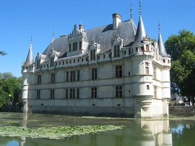 Azay-le-Rideau (37190) - Vivre et s\'installer