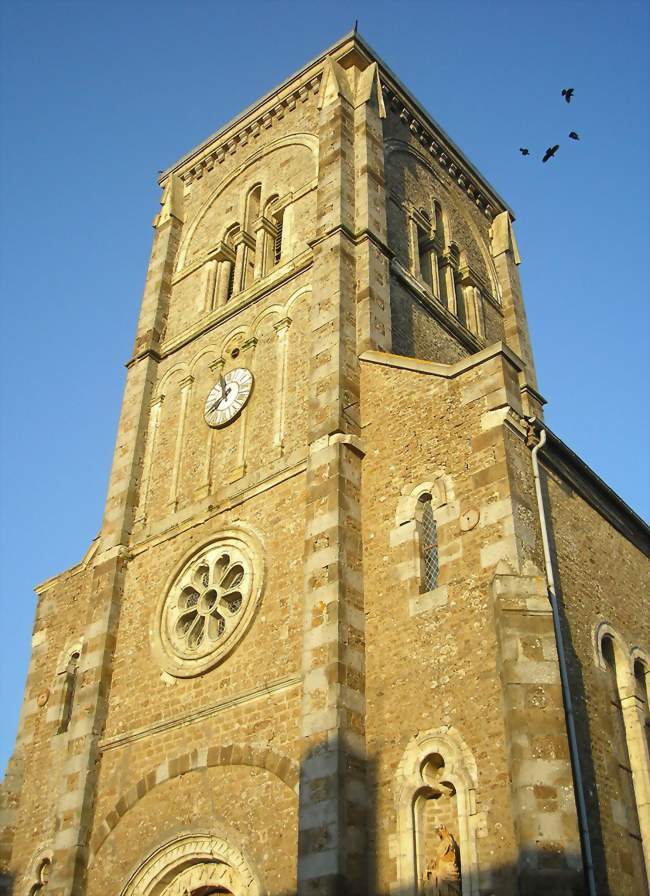 Le clocher de l'église - Saint-Cornier-des-Landes (61800) - Orne